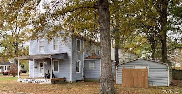 205 Royal Oak Avenue - Photo 1