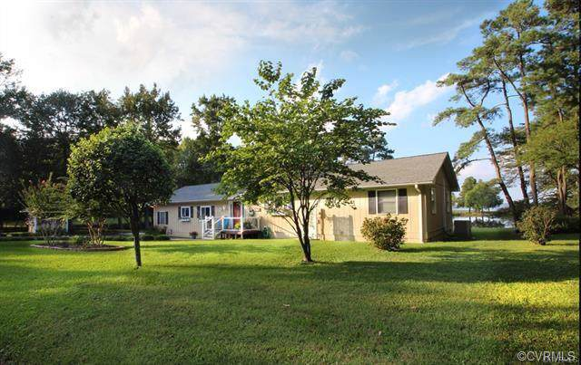 921 Timberneck Road, Deltaville, VA 23043 (MLS #1937776) :: The Redux Group