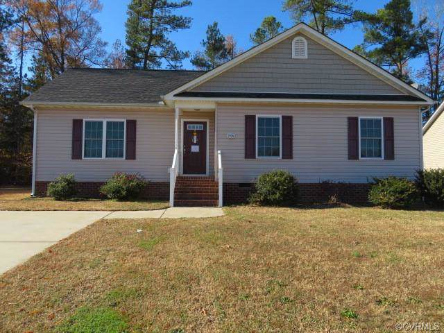 3926 Shenandoah Circle, Hopewell, VA 23860 (#1937794) :: Abbitt Realty Co.