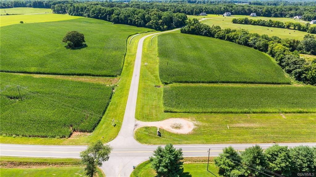 3185 Appomattox Trace Drive - Photo 1