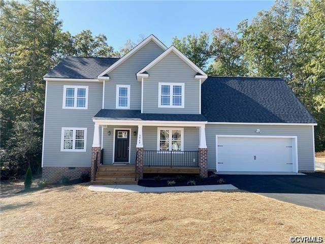 5949 Autumnleaf Drive, North Chesterfield, VA 23234 (MLS #2015587) :: EXIT First Realty