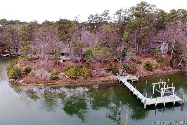 156 Wooldridge Cove Drive, Deltaville, VA 23043 (MLS #2017818) :: EXIT First Realty