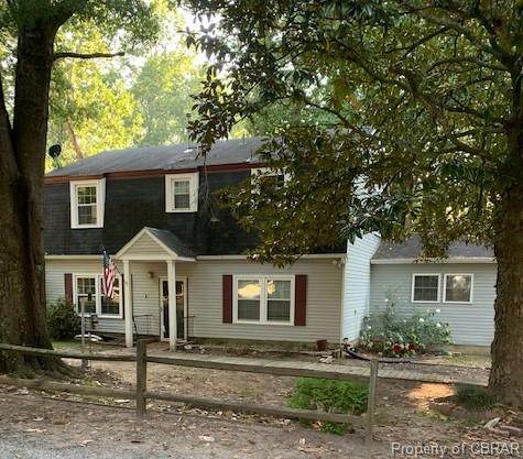 11 Collie Lane, Saluda, VA 23149 (MLS #2022624) :: The Redux Group