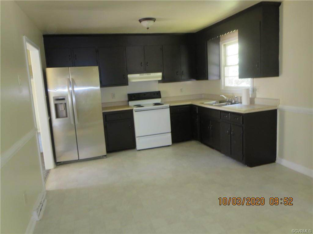 https://bt-photos.global.ssl.fastly.net/cvrmls/orig_boomver_1_2031260-2.jpg