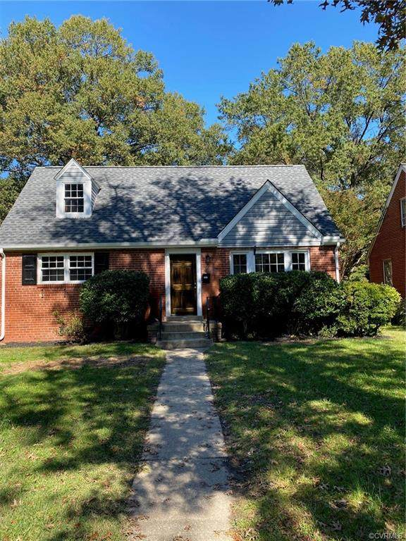 1922 Maple Shade Lane, Richmond, VA 23227 (MLS #2031640) :: The Redux Group