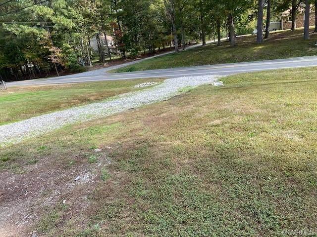 884 Hockett Road, Manakin Sabot, VA 23103 (MLS #2032296) :: Treehouse Realty VA