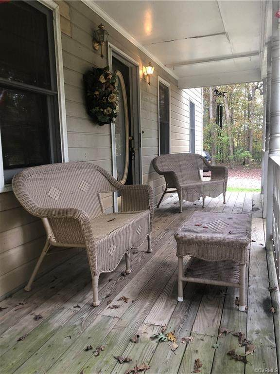 2331 Stoney Brook Road, Powhatan, VA 23139 (MLS #2033109) :: Treehouse Realty VA