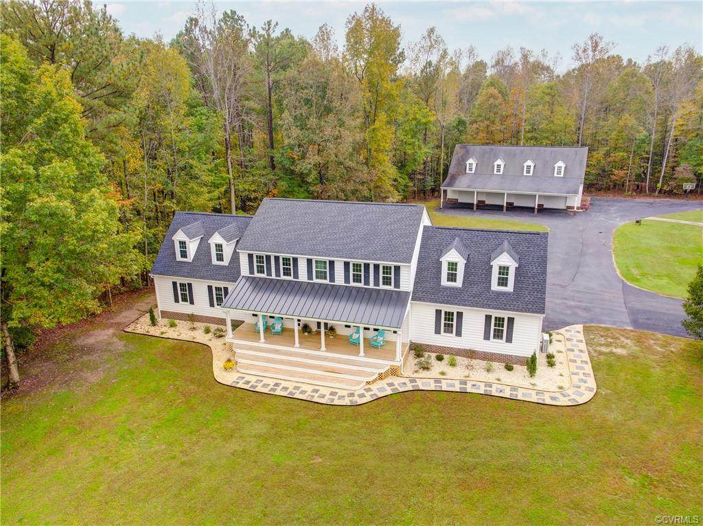 1423 Dressage Way - Photo 1