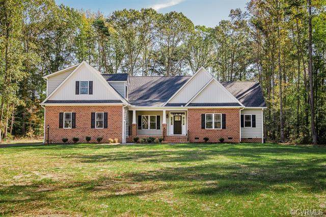 15029 Bethany Estates Way, Montpelier, VA 23192 (MLS #2033633) :: The Redux Group