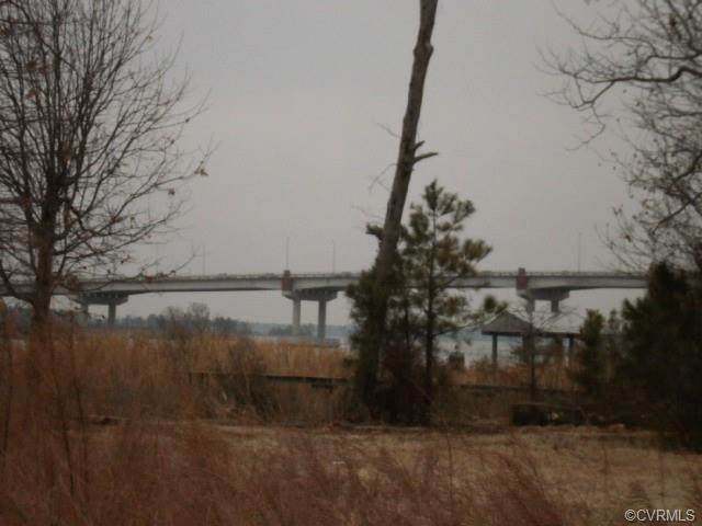 32 Lots Waterfront Glass Island Road, West Point, VA 23181 (MLS #2034970) :: The Redux Group