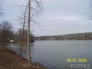 Lot 3 Chesdin Pointe Trail, Church Road, VA 23833 (MLS #2103353) :: The Redux Group