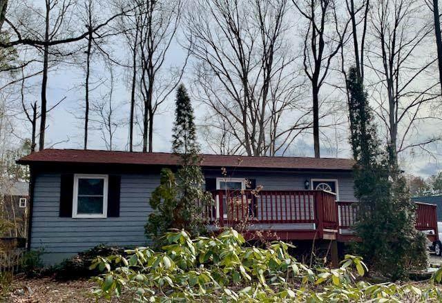403 Lake Caroline Drive, Ruther Glen, VA 22546 (MLS #2103396) :: Small & Associates