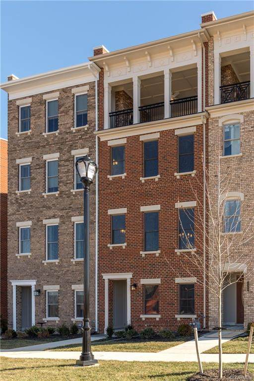 346 Purbrook Lane 119-J, Henrico, VA 23233 (#2109350) :: The Bell Tower Real Estate Team