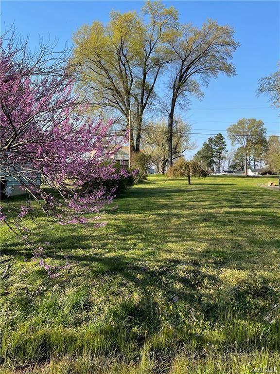 802 Savannah Avenue, North, VA 23222 (MLS #2109478) :: Village Concepts Realty Group