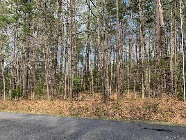 208 Norfolk Drive, Ruther Glen, VA 22546 (MLS #2109612) :: EXIT First Realty