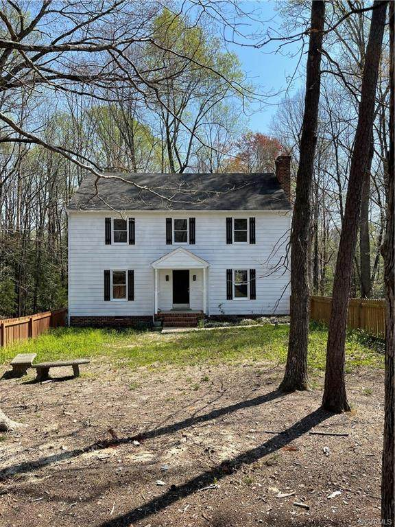 10221 Robbie Road, Chesterfield, VA 23832 (MLS #2109729) :: Village Concepts Realty Group