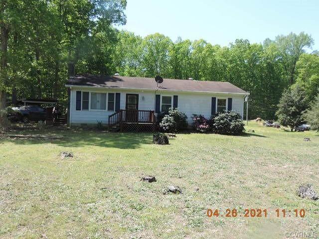 6068 Cartersville Road, New Canton, VA 23123 (MLS #2111929) :: Village Concepts Realty Group