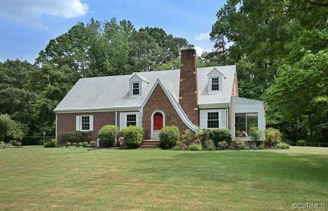 11268 Hanover Courthouse Road, Mechanicsville, VA 23069 (MLS #2112136) :: Village Concepts Realty Group