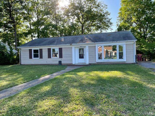 3206 Holly Avenue, Colonial Heights, VA 23834 (MLS #2112773) :: The Redux Group