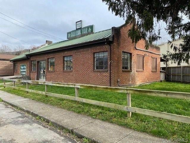 Buchanan, VA 24066 :: Treehouse Realty VA