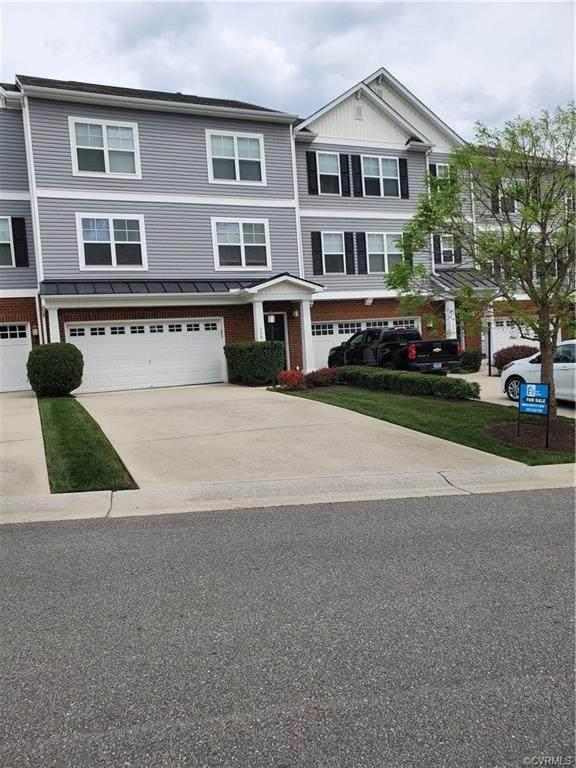568 Abbey Village Circle, Midlothian, VA 23114 (MLS #2114519) :: Small & Associates