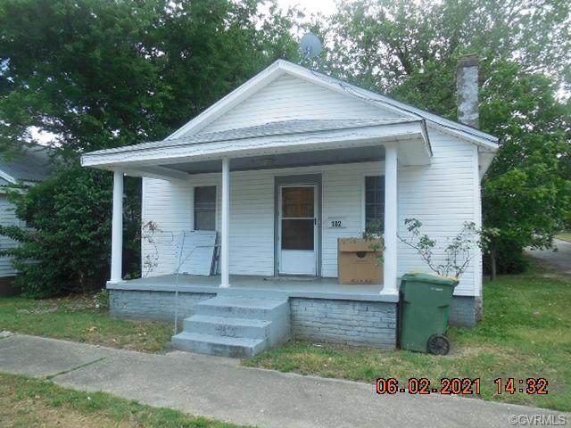 102 N 14th Avenue, Hopewell, VA 23860 (#2116858) :: Abbitt Realty Co.