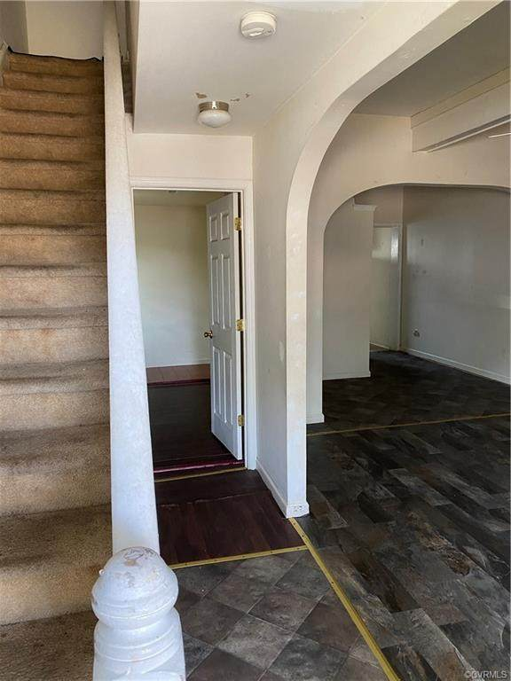 247 Poplar Avenue, Newport News, VA 23607 (MLS #2117189) :: Small & Associates