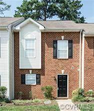 2852 Goyne Loop, Chester, VA 23831 (MLS #2117572) :: Treehouse Realty VA