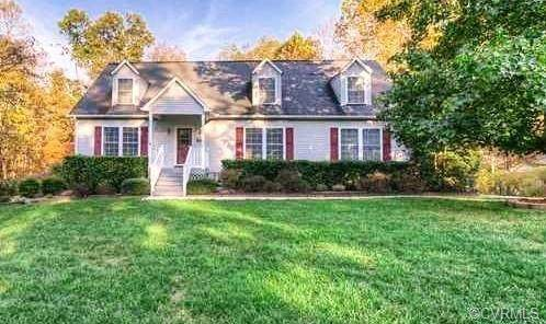 59 Clear Water Lane, Louisa, VA 23093 (MLS #2117627) :: Village Concepts Realty Group
