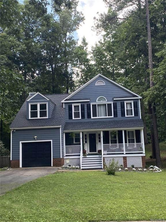 5800 Ridge Point Road, Midlothian, VA 23112 (MLS #2118340) :: Small & Associates