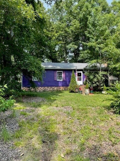 4401 Bridgewood Road, Midlothian, VA 23112 (MLS #2121208) :: Treehouse Realty VA