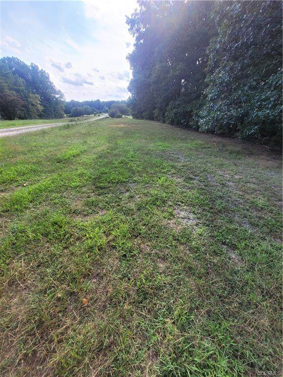 1134 Old Hundred Road, Chesterfield, VA 23114 (MLS #2128167) :: Village Concepts Realty Group