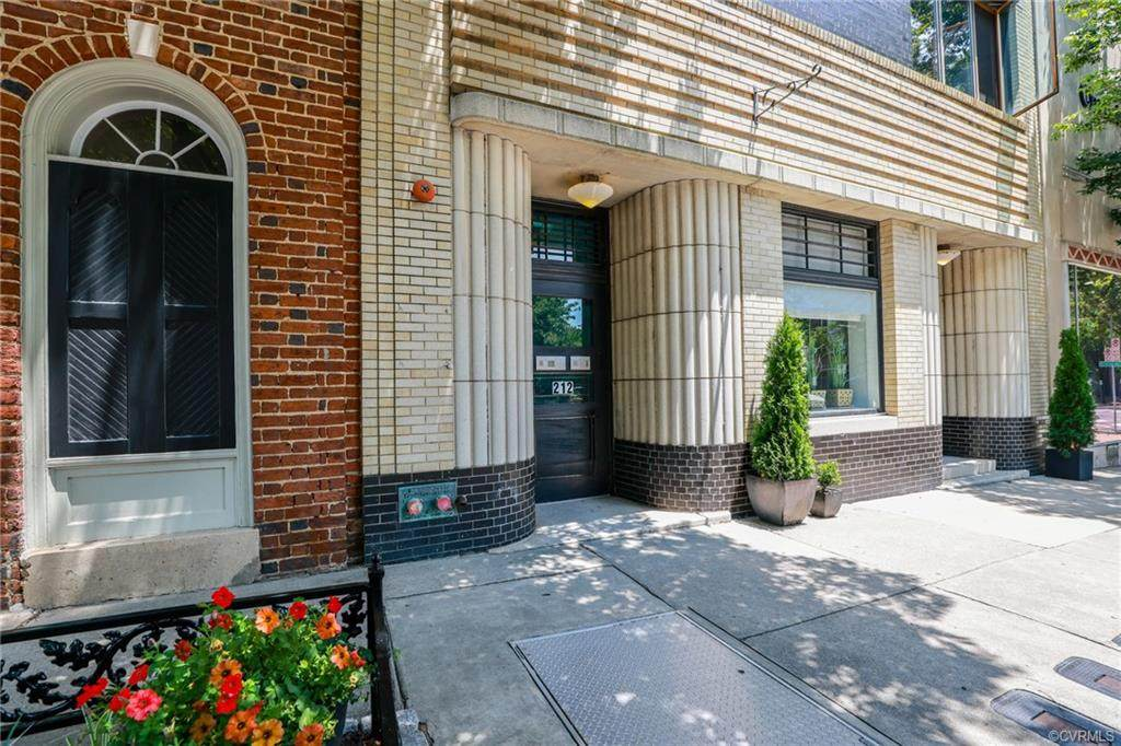 212 Franklin Street - Photo 1