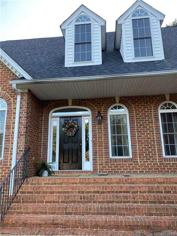 8400 Rollingmist Lane, Chesterfield, VA 23838 (MLS #2128546) :: Village Concepts Realty Group