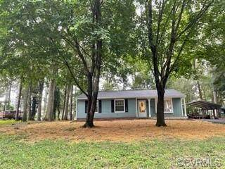 6301 Morning Glory Road, Mechanicsville, VA 23111 (MLS #2128667) :: EXIT First Realty
