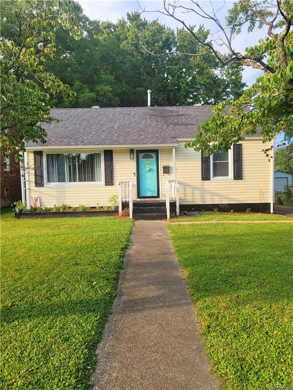 323 Ivey Avenue, Colonial Heights, VA 23834 (MLS #2129626) :: Small & Associates