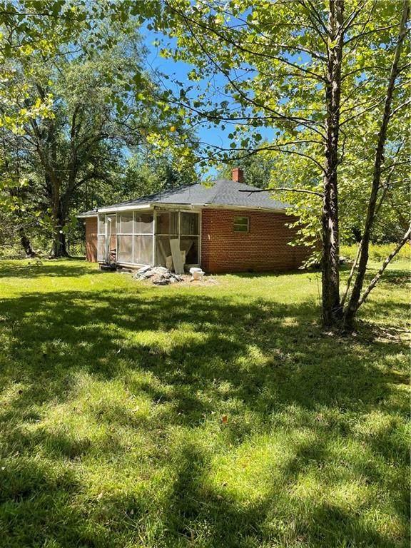 16038 Woodyard Road, Stony Creek, VA 23882 (MLS #2131060) :: Treehouse Realty VA