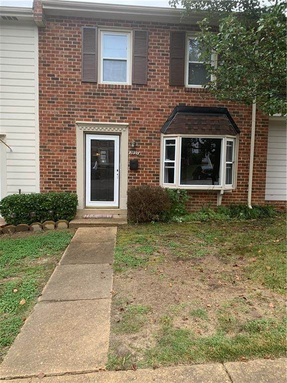7827 Provincetown Drive, Chesterfield, VA 23235 (MLS #2131069) :: Village Concepts Realty Group