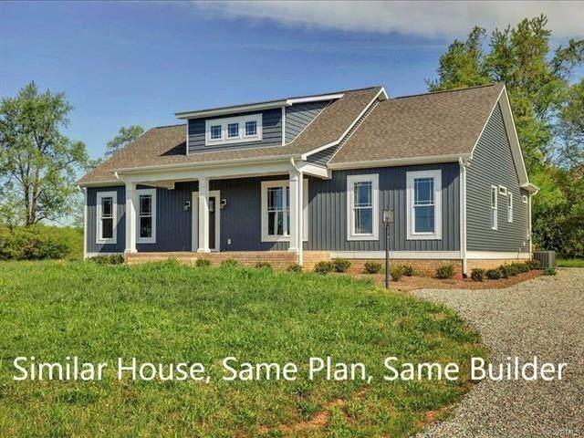 701 Brunswick Avenue, Blackstone, VA 23824 (MLS #2131190) :: Village Concepts Realty Group