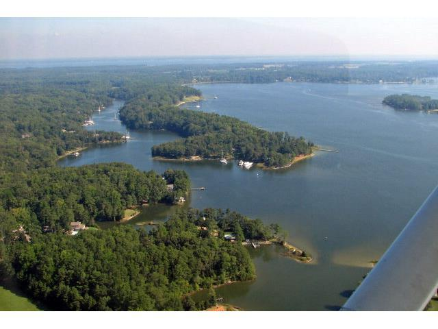 43 Oyster Cove Landing, Hartfield, VA 23071 (MLS #117738) :: RE/MAX Action Real Estate