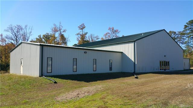 102 Pine Road, Blackstone, VA 23824 (MLS #1640306) :: EXIT First Realty