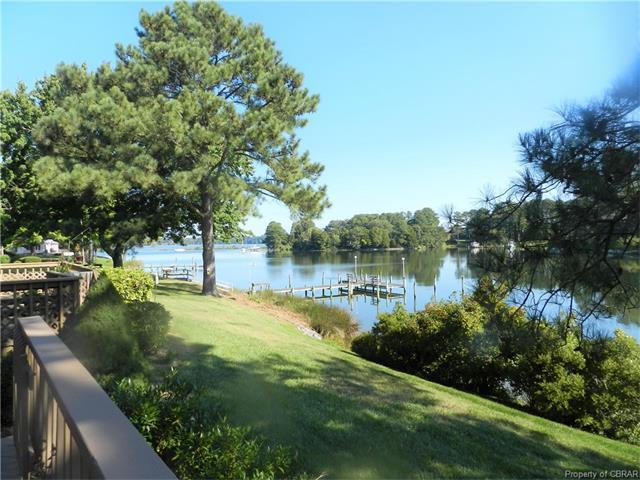 55 Hudgins Point Lane #55, Mathews, VA 23025 (MLS #1732729) :: Chantel Ray Real Estate