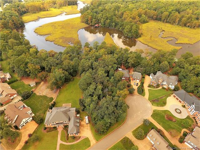 4419 Landfall Drive, Williamsburg, VA 23185 (MLS #1733799) :: Chantel Ray Real Estate