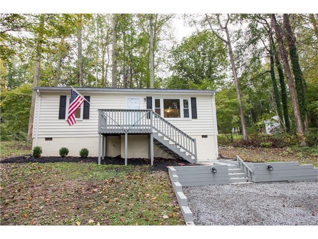 7031 Lakeshore Drive, New Kent, VA 23141 (MLS #1736773) :: The RVA Group Realty