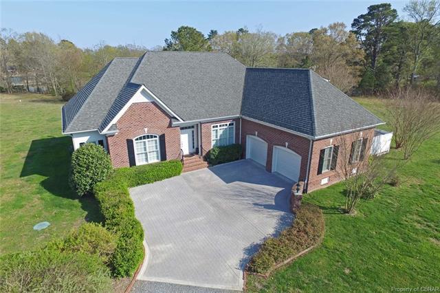 258 Old Point Road, White Stone, VA 22578 (#1802084) :: Abbitt Realty Co.