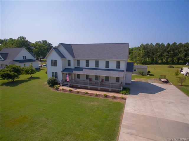 190 Riverbank Drive, Deltaville, VA 23043 (#1802248) :: Abbitt Realty Co.