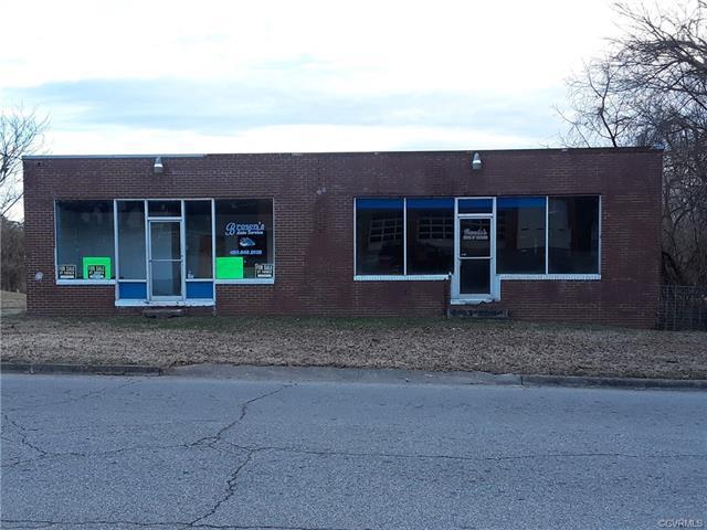 506 New Street, Lawrenceville, VA 23868 (MLS #1803038) :: The Ryan Sanford Team