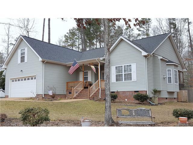 7687 James Monroe Way, Gloucester, VA 23061 (MLS #1804518) :: Chantel Ray Real Estate