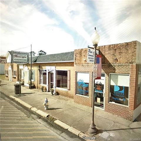 300 S Main Street, Blackstone, VA 23824 (MLS #1805012) :: The Ryan Sanford Team