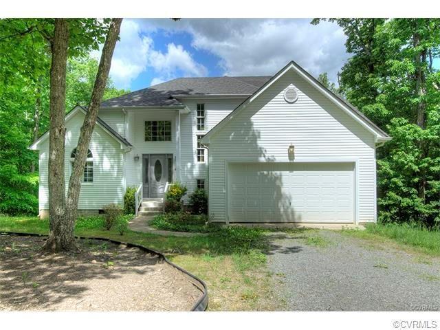 5326 Woodstone Court, Goochland, VA 23093 (MLS #1805254) :: RE/MAX Action Real Estate